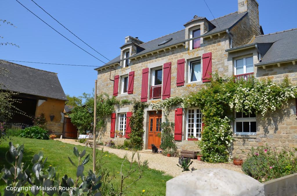 A vendre maison saint juvat 163 m 230 560 agence for Agence a la maison