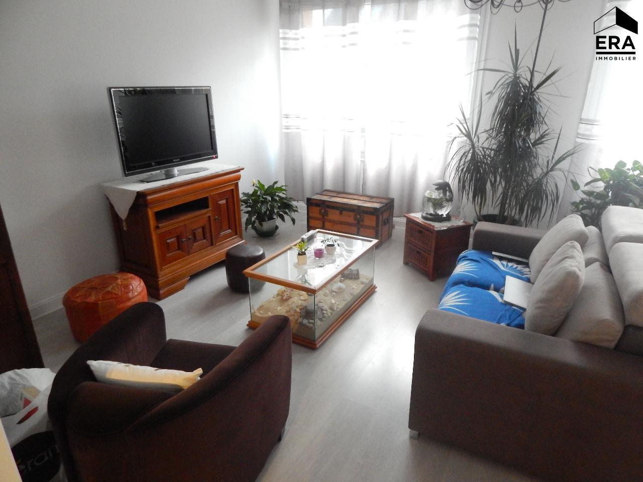 a vendre appartement lorient 128 m 200 880 era lann orient. Black Bedroom Furniture Sets. Home Design Ideas