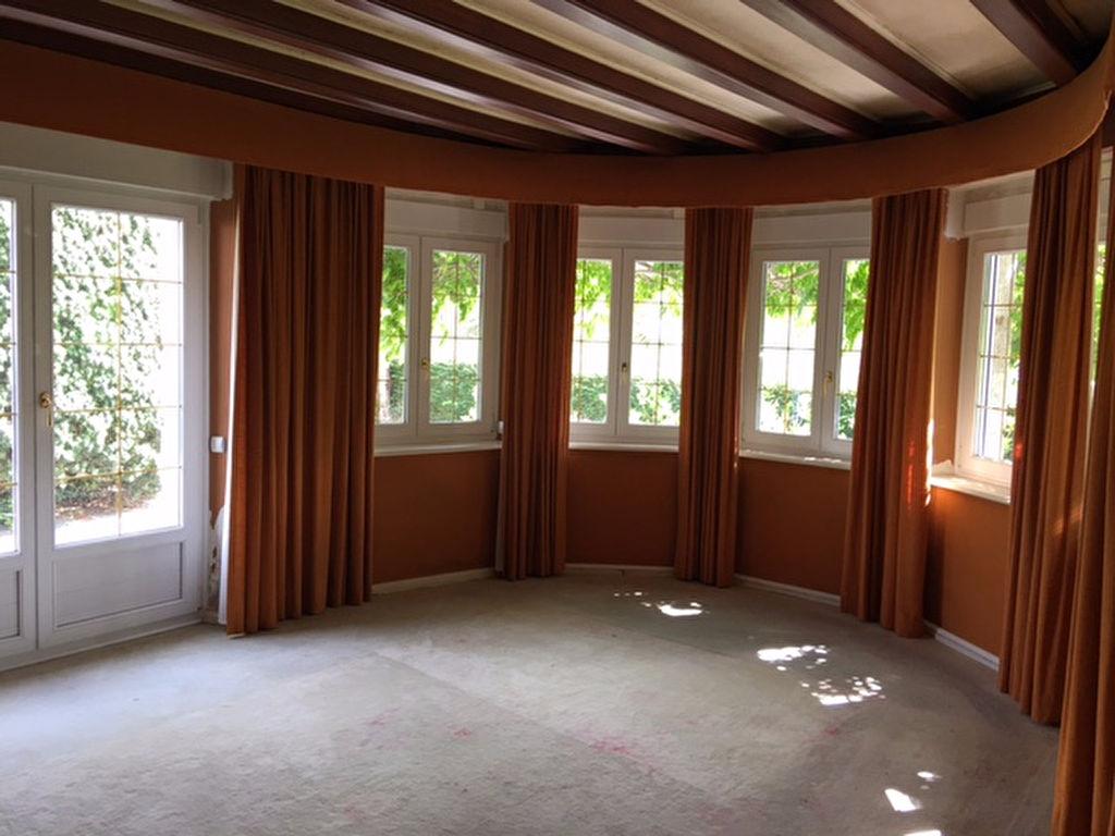 A vendre maison saint pol de leon 350 m 525 000 for Entretien jardin st pol de leon