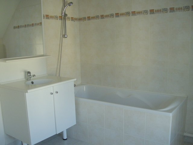 a louer appartement saint renan 69 m 550 iroise immobilier sarl. Black Bedroom Furniture Sets. Home Design Ideas
