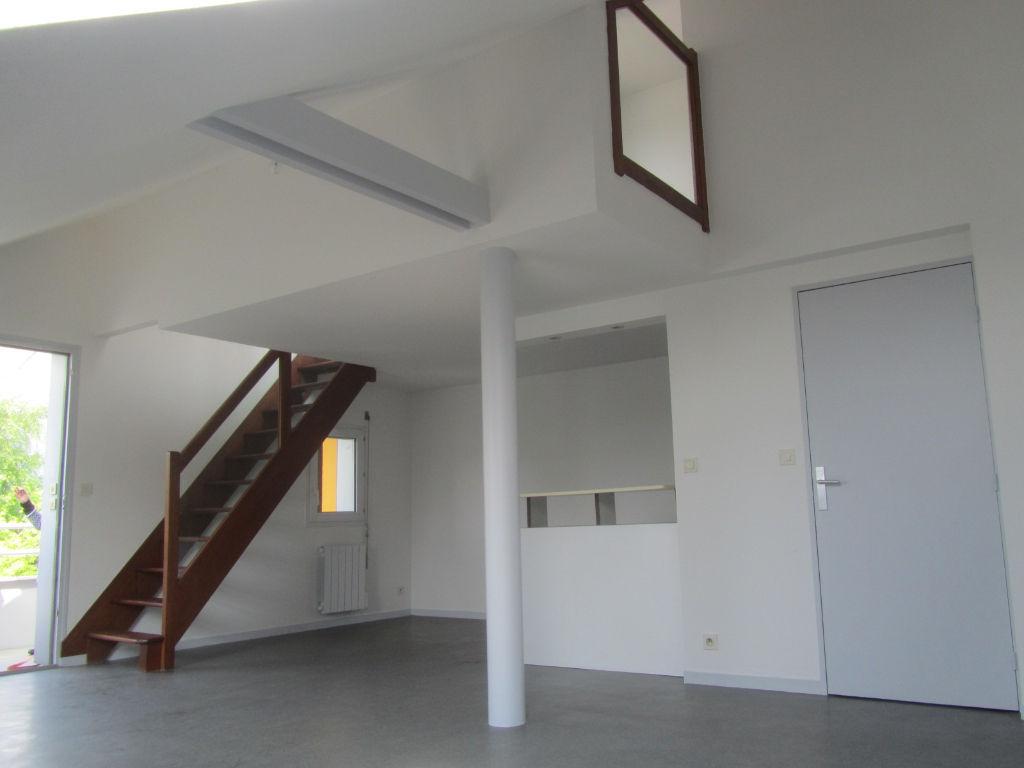 maison medicale la meziere 28 images achat maison a. Black Bedroom Furniture Sets. Home Design Ideas