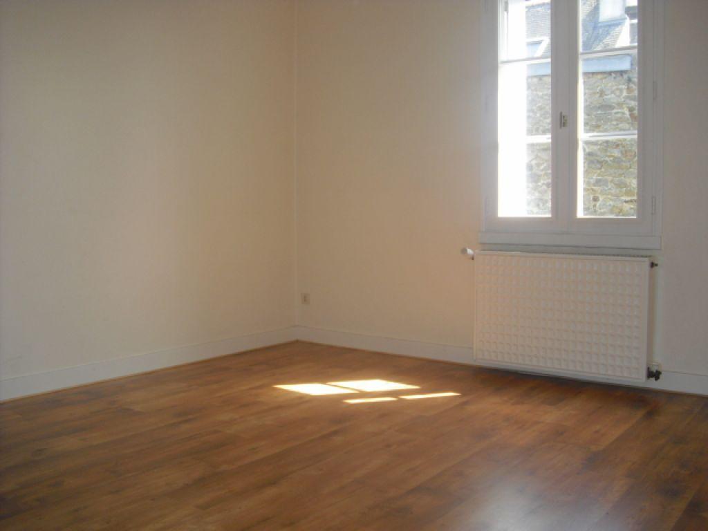 a louer appartement vannes 58 m 470 lp. Black Bedroom Furniture Sets. Home Design Ideas