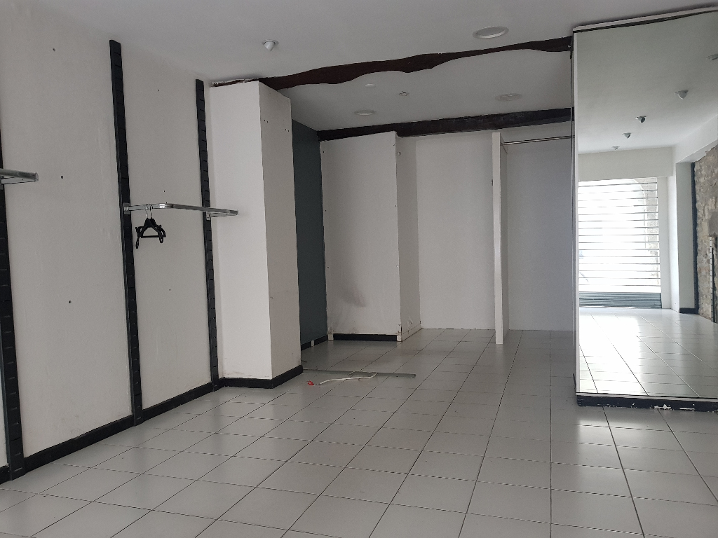 Local commercial  60 m2